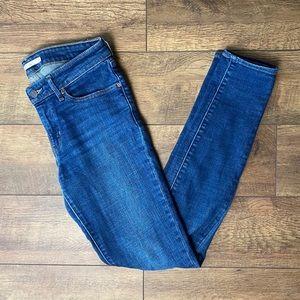 levi's | 711 Medium Wash Skinny Jeans | 27